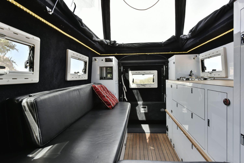 MDX das Fernreisemobil auf Mercedes und Land Rover Basis