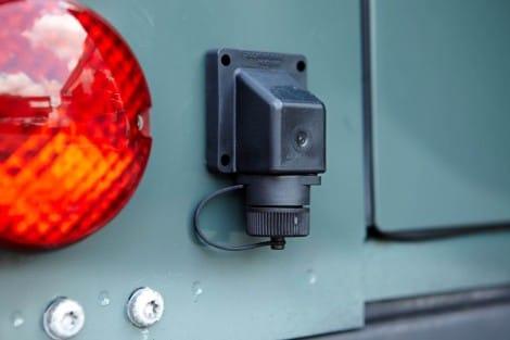 Batterie-Konstantladung, 220 Volt – Defender