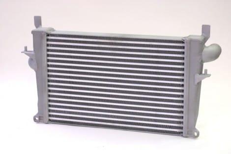 Hochleistungs-Ladeluftkühler – Defender