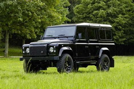 Land Rover Defender 110 2.2 TD4 Station Wagon Sondermodell Black Series