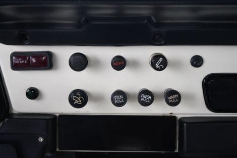Toyota FJ 40 Landcruiser Europa Soft Top 4.2l 6 Zylinder