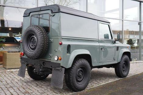 Land Rover Defender 90 TD4 2.2 Hard Top E