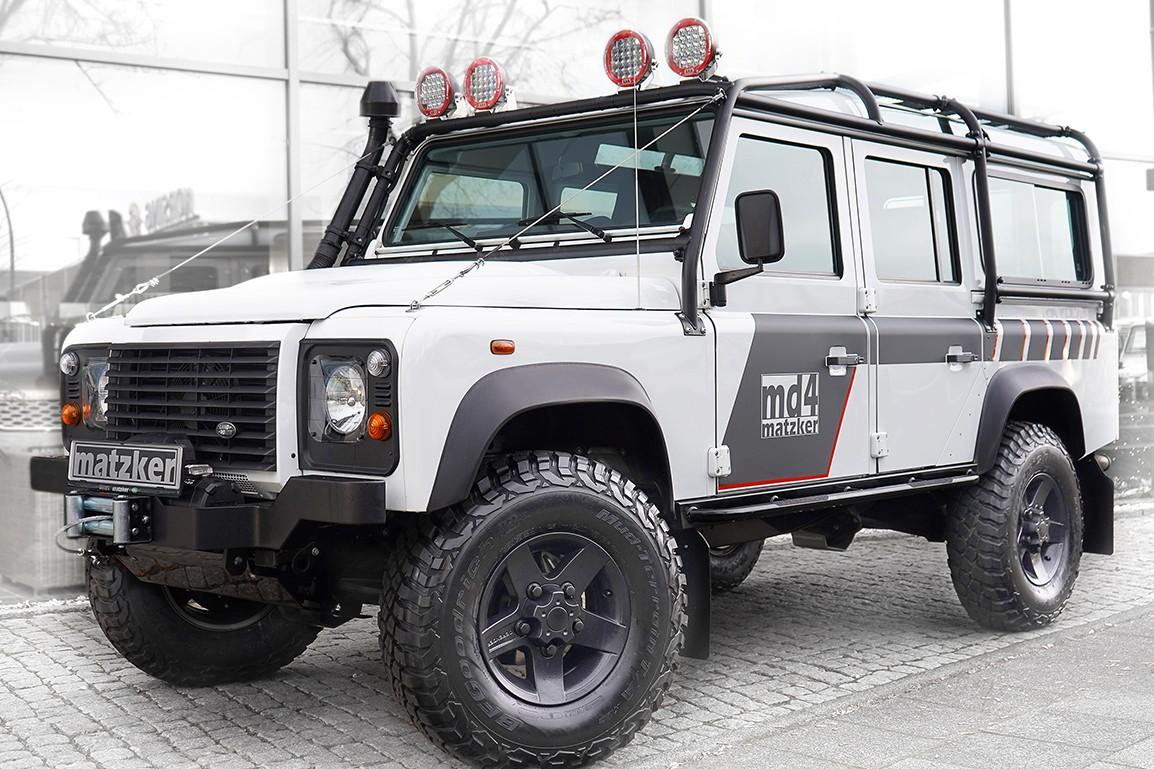 Land Rover Defender 110 TD4 2.2 SW md4-Challenge