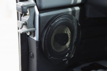 Zweiweg-Koaxial-Hi-Fi-System – Defender