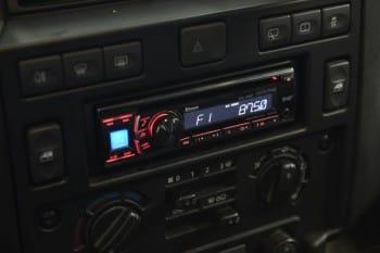 CD-/MP3-Radio mit Freisprecheinrichtung – Defender