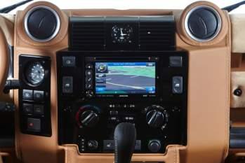 Blende für Multifunktions-Navigationssystem, mattschwarz