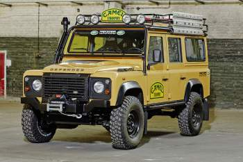 Land Rover Defender 110 2.2 TD4 Station Wagon Sondermodell Trophy