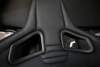 Recaro-Einzelsitzumbau – Defender 130