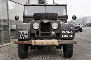 """Land Rover 86 Series I  """"RACING SERVICE"""""""