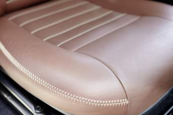 Hochwertige Leder-Ausstattung – Defender 90 (bis MY06)